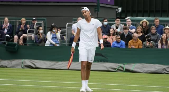 Wimbledon, risultati maschili 30 giugno: Fognini e Murray al terzo turno. Avanti Djokovic e Schwartzman