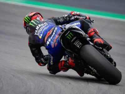 """DIRETTA MotoGP, GP Assen LIVE: Valentino Rossi annuncia grandi cambiamenti. """"Non so perché sono caduto"""""""