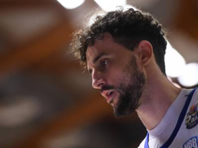Basket: Raphael Gaspardo bloccato da una tendinopatia, Zanotti richiamato ad Amburgo