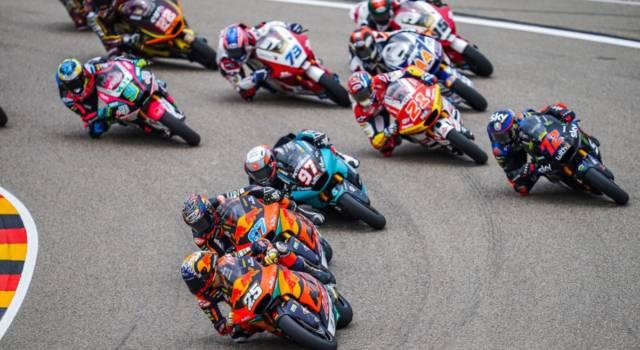 LIVE Moto2, GP Olanda 2021 in DIRETTA: Raul Fernadez in pole davanti a Gardner. Bezzecchi solo 17°