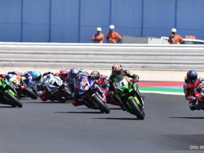 Classifica Superbike Mondiale 2021: Toprak Razgatlioglu a +30 su Jonathan Rea, Ducati a -16 da Yamaha
