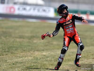 Superbike, GP Misano 2021: Michael Rinaldi imbattibile, vince anche la superpole race. Doppietta memorabile