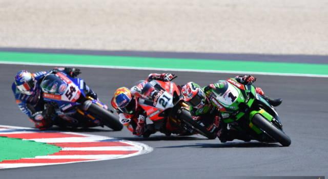 """Superbike, Jonathan Rea: """"Toprak è un rivale per il titolo"""""""