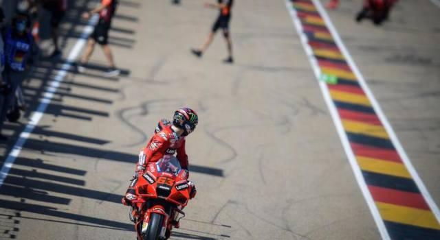 MotoGP, Italia da incubo in Germania. Bagnaia il migliore, ma è 10°. Un momento difficile