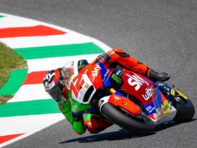 Moto2, GP Catalogna 2021: Augusto Fernandez primeggia in FP1. Marco Bezzecchi 5°