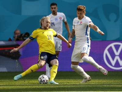 Svezia-Slovacchia 1-0, Europei calcio: decide un rigore di Emil Forsberg