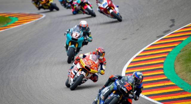 LIVE Moto2, GP Olanda 2021 in DIRETTA: Garzò vola sul bagnato, i tempi rimangono quelli della FP1