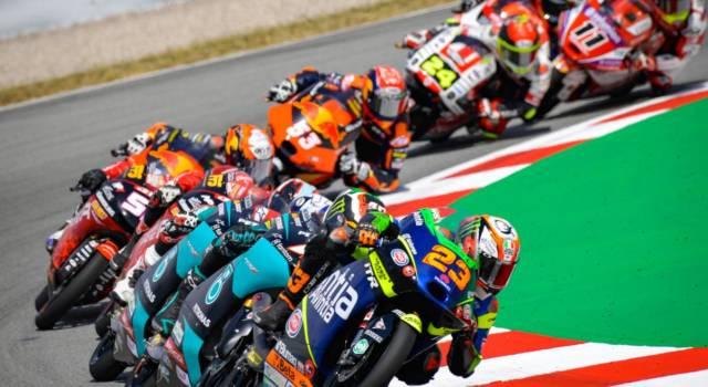 LIVE Moto3, GP Germania 2021 in DIRETTA: prima pole in carriera per Salac davanti a Foggia e Suzuki. 5 italiani nei primi 10