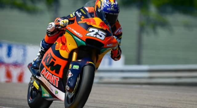Moto2, Raul Fernandez conquista la pole del GP di Germania davanti a Di Giannantonio, 4° Bezzecchi