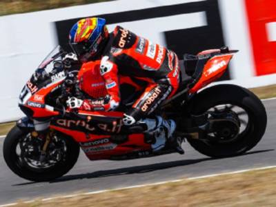 LIVE Superbike, GP Misano 2021 in DIRETTA: Rinaldi vince la superpole race davanti a Razgatlıoğlu e Rea. Alle 14.00 la gara-2