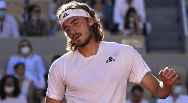 ATP Amburgo 2021, Stefanos Tsitsipas eliminato da Krajinovic, in semifinale Carreno Busta