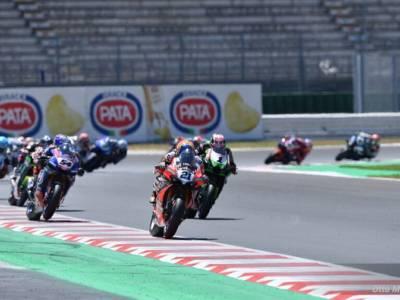 Superbike oggi, GP Misano 2021: orari warm-up, superpole race e gara-2, tv, programma, streaming Sky e TV8
