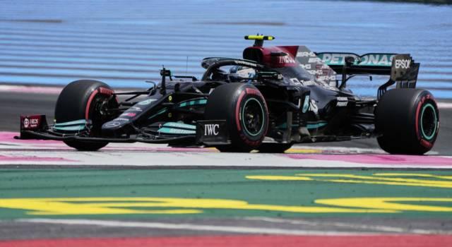 VIDEO F1, scambio di telai in Mercedes! Cos'è cambiato tra Bottas e Hamilton? I motivi della scelta