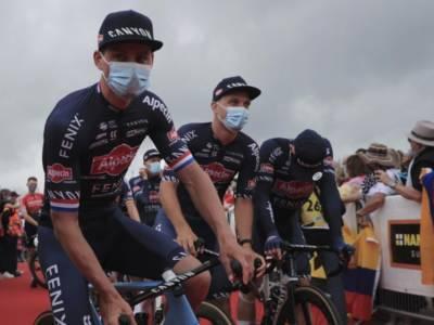 """LIVE Tour de France 2021 in DIRETTA: classifica generale. Colbrelli: """"Van der Poel era imbattibile"""""""