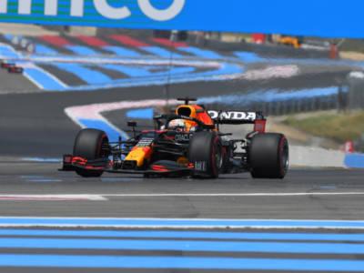 F1, pagelle GP Francia 2021: Verstappen annichilisce Hamilton! Leclerc e Sainz impotenti con la Ferrari