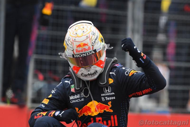 """F1, Max Verstappen: """"Le mie vittorie nel 2018 e nel 2019 sono un ricordo unico"""""""