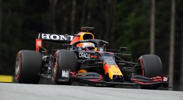 """DIRETTA F1, GP Stiria LIVE: Verstappen ancora in pole, Hamilton 2°. Leclerc 7° ammette: """"Impossibile fare meglio"""""""