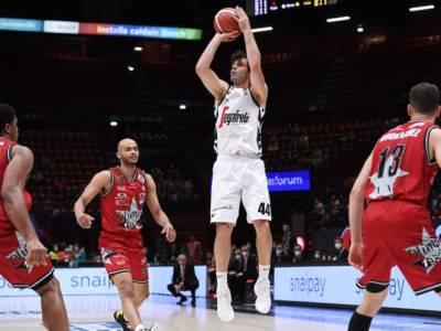 Basket, Finale Scudetto 2021: gara-1 è della Virtus Bologna. Teodosic e Weems affondano Milano
