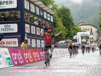 Giro d'Italia U23 2021, Alois Charrin trionfa a San Pellegrino Terme. Terzo Baroncini