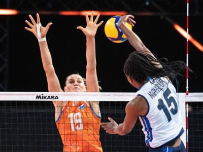Volley femminile, Nations League 2021: una coraggiosa Italia cede al tie-break contro l'Olanda. Nwakalor sugli scudi