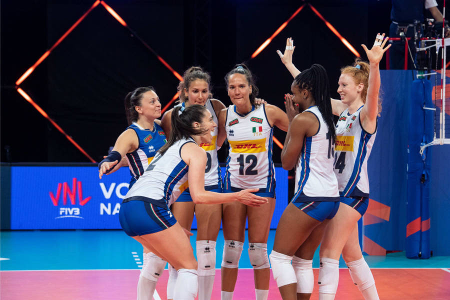 LIVE Italia Thailandia 2 1, Nations League volley femminile in DIRETTA: le azzurre faticano, ma passano in vantaggio!