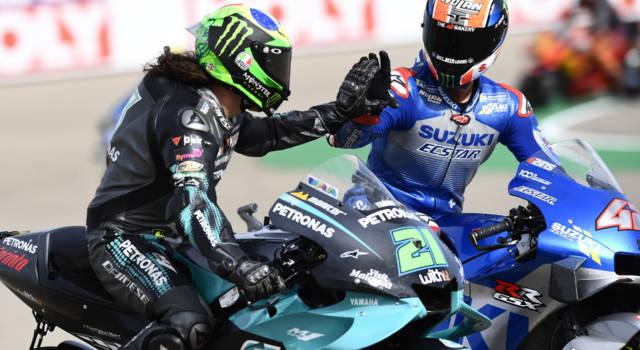 MotoGP, ipotesi clamorosa. Maverick Viñales torna in Suzuki, Alex Rins passa in Yamaha! Speculazione o realtà?