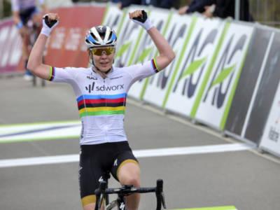 Ciclismo, Europei Trento 2021: forfait della campionessa del mondo Anna Van der Breggen