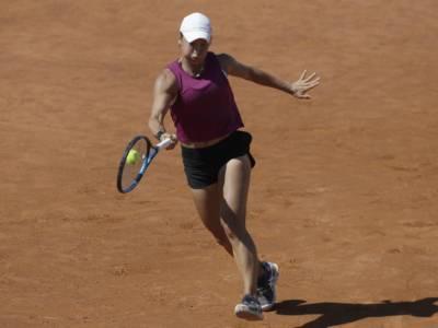 WTA Budapest 2021, Yulia Putintseva annichilisce Anhelina Kalinina in finale