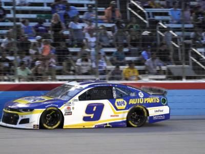 NASCAR, Chase Elliott conquista Road America