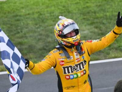 NASCAR Xfinity Series, Kyle Busch svetta a Road America