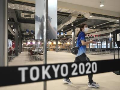 Olimpiadi Tokyo, primi due atleti positivi al Villaggio Olimpico: i contagiati salgono a tre