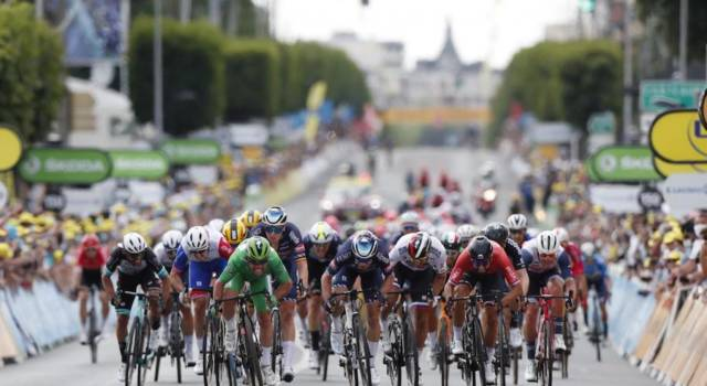 LIVE Tour de France, tappa di oggi in DIRETTA: Mark Cavendish fa tris! Ordine d'arrivo e classifica generale