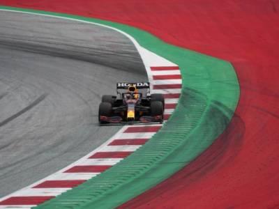 F1, risultati e classifica FP1 GP Austria: Max Verstappen davanti, le Ferrari e Tsunoda in spolvero. 7° Hamilton