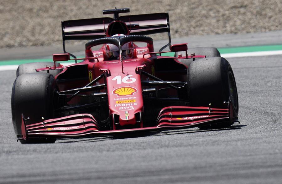 LIVE F1, GP Ungheria 2021 in DIRETTA: Ocon in vetta su Vettel, al loro inseguimento Sainz, Hamilton e Alonso