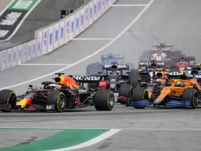 Ordine d'arrivo F1, GP Austria: risultato e classifica gara. Verstappen vince, Sainz 5° in rimonta, Leclerc 8°