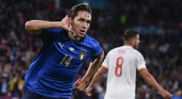 Calcio, l'Italia batte la Spagna per 5-3 dopo i calci di rigore e va in finale agli Europei!