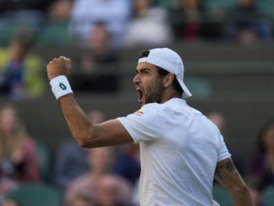 Wimbledon 2021, Matteo Berrettini esaltante! Auger-Aliassime non può nulla, Italia in semifinale dopo 61 anni!