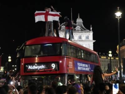 Europei 2021, in Inghilterra per la Finale si spenderanno 3.5 miliardi di euro tra cibo, alcool e scommesse