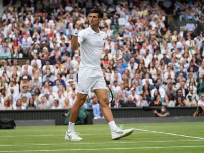"""Wimbledon 2021, Djokovic: """"Berrettini ha servizio e diritto tra i migliori del mondo. Sarà difficile, ma spero l'Italia vinca solo la sera…"""""""