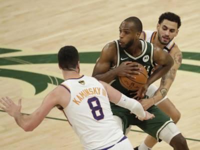 NBA Finals 2021: Middleton completa la grande rimonta Bucks nell'ultimo quarto, è 2-2 nella serie con i Suns