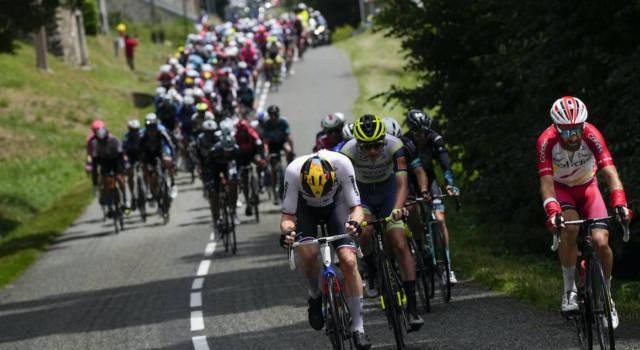 Tour de France 2021, pagelle sedicesima tappa: capolavoro di Konrad, amarezza di Colbrelli. Tentativo tardivo della Jumbo-Visma