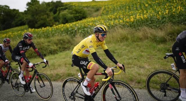 VIDEO Tour de France, highlights 17ma tappa: Pogacar vince sul Col du Portet! Battuti Vingegaard e Carapaz