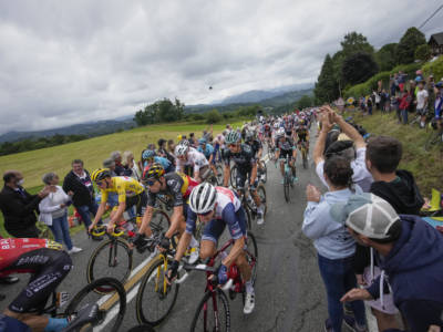 Ciclismo, dal 2022 potrebbe tornare la Vuelta a Galicia