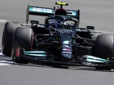 """F1, Valtteri Bottas: """"La partenza mi ha reso la vita difficile, almeno abbiamo aiutato Lewis a vincere"""""""