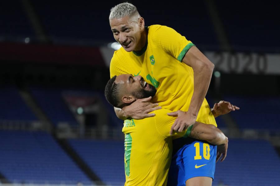 """Il Brasile """"torna"""" al Grande Fratello Vip (e infrange il regolamento): dopo Dayane Mello salva Soleil Sorge"""