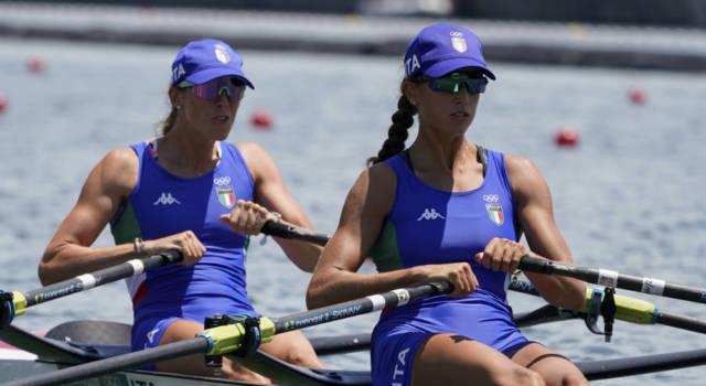 LIVE Canottaggio, Olimpiadi Tokyo in DIRETTA: quattro di coppia femminile in finale, singolo maschile in semifinale! Out il doppio senior donne