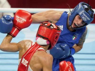 LIVE Irma Testa-Walsh, Olimpiadi boxe in DIRETTA: l'azzurra vola con merito ai quarti di finale!