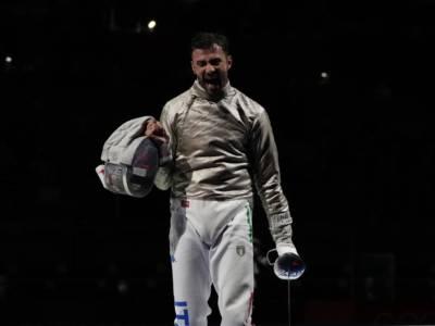 Scherma, Olimpiadi Tokyo: Luigi Samele vince il derby contro Enrico Berrè e vola in semifinale