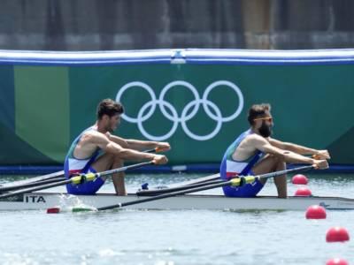 LIVE Canottaggio, Olimpiadi Tokyo in DIRETTA: bronzo per il 4 senza, fuori dal podio i 4 di coppia!