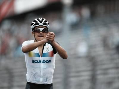Ciclismo: alle Olimpiadi di Tokyo oro per Richard Carapaz, battuti van Aert e Pogacar. Bettiol si arrende ai crampi